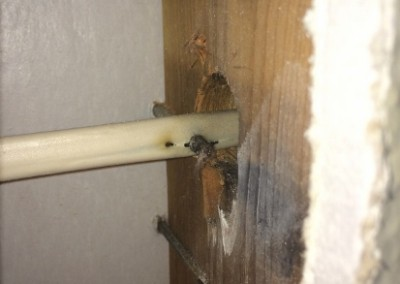 damaged-romex-wire-in-wall-screw-hit