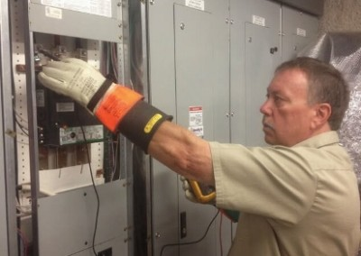 denver-commercial-electrician-electrical-contactor-testing-repair